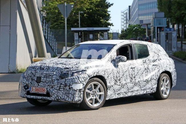 梅赛德斯-奔驰EQS SUV曝光垂直大屏/3级自动驾驶-图2