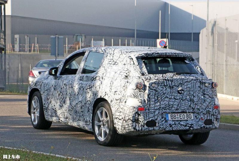 梅赛德斯-奔驰EQS SUV曝光垂直大屏/3级自动驾驶-图10