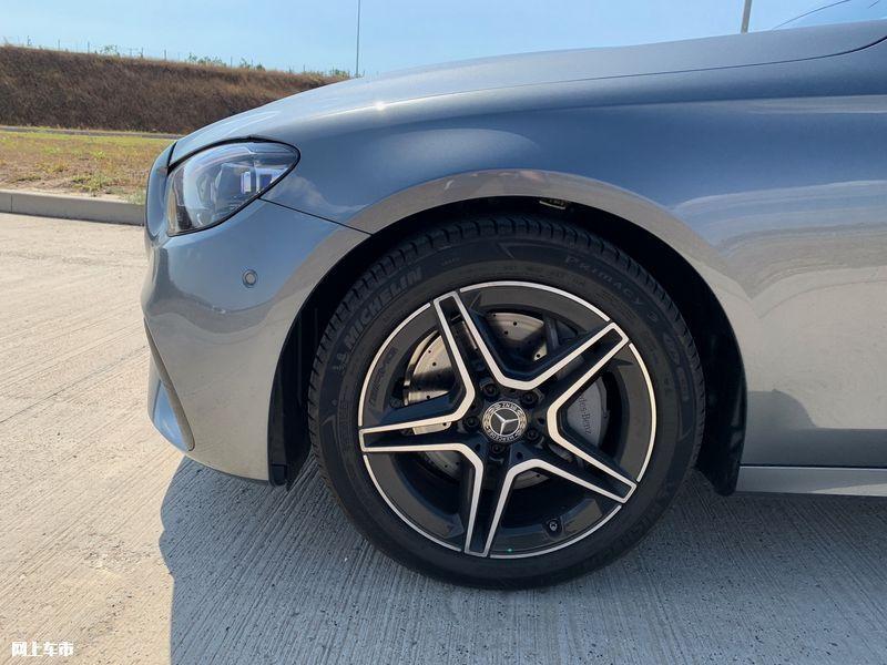 奔驰新款E级实拍曝光下周五上市/尺寸超奥迪A6L-图11