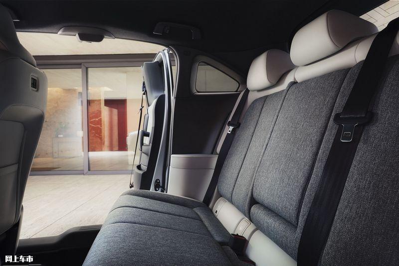 马自达新款MX-30开售增搭轻混系统/配四驱系统-图15