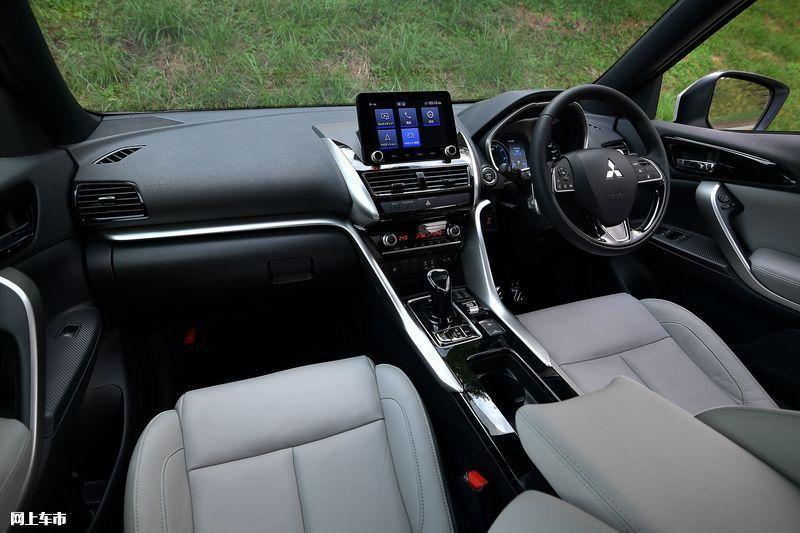 三菱新小号欧蓝德发布年底开售/增插混动力-图3