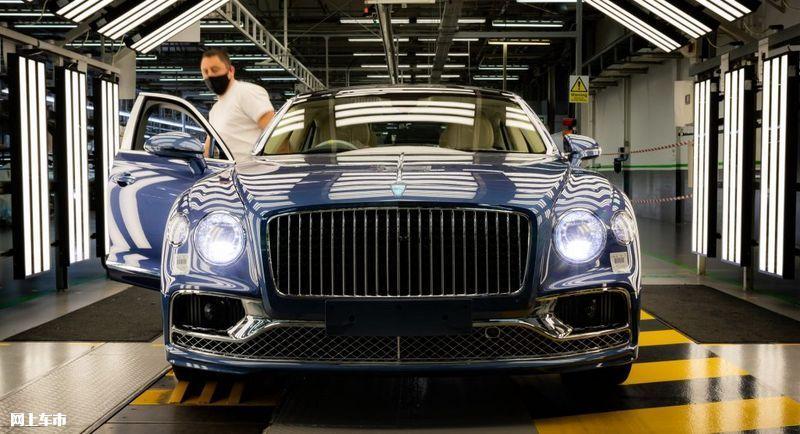 宾利飞驰V8车型开启投产!适配48伏轻混/配置丰富